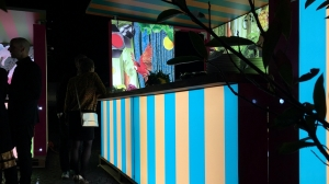 Backlit-booth-outdoor-exhibit-stand-4-pixlip